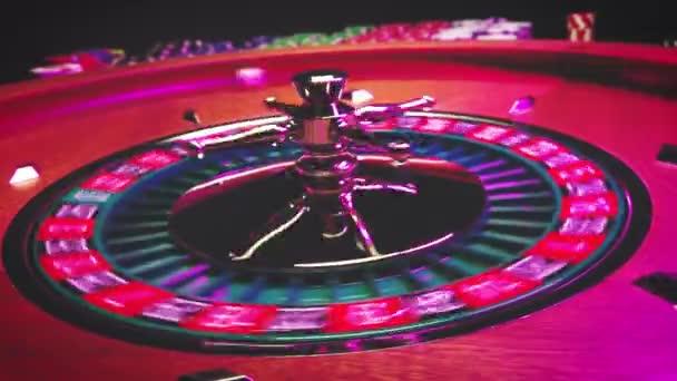 Ruleta kolo vyhrává číslo 9 zblízka v kasinu - selektivní zaměření