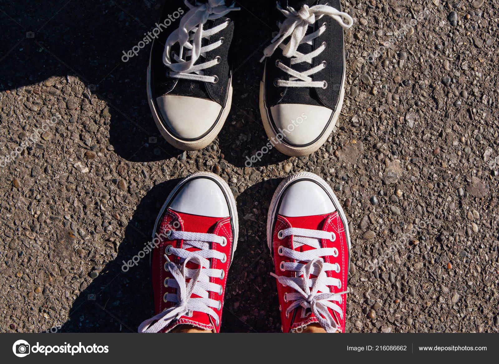best cheap d062b b07b8 Scarpe Sneakers Rosso Nero Piedi Delle Donne Scarpe ...