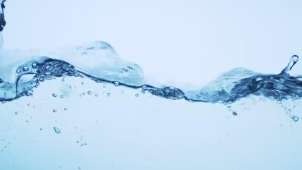 Vlna s bublinami, super zpomalený pohyb