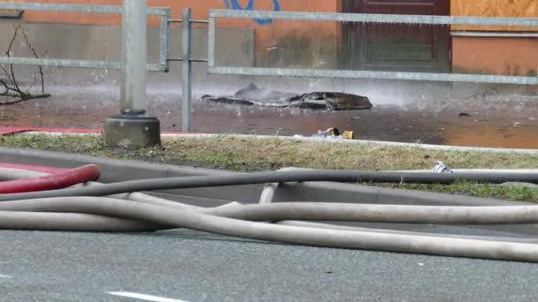 Detail firehose na ulici