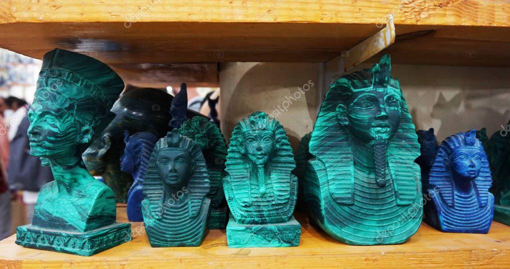 Малахит в египте картинки