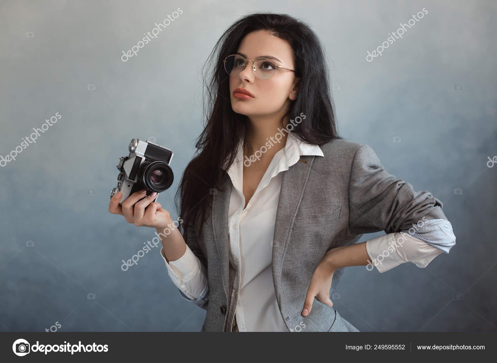 скачать видео с камерой внутри женщины