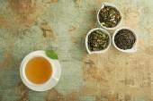 Šálek čaje s čerstvou chutí