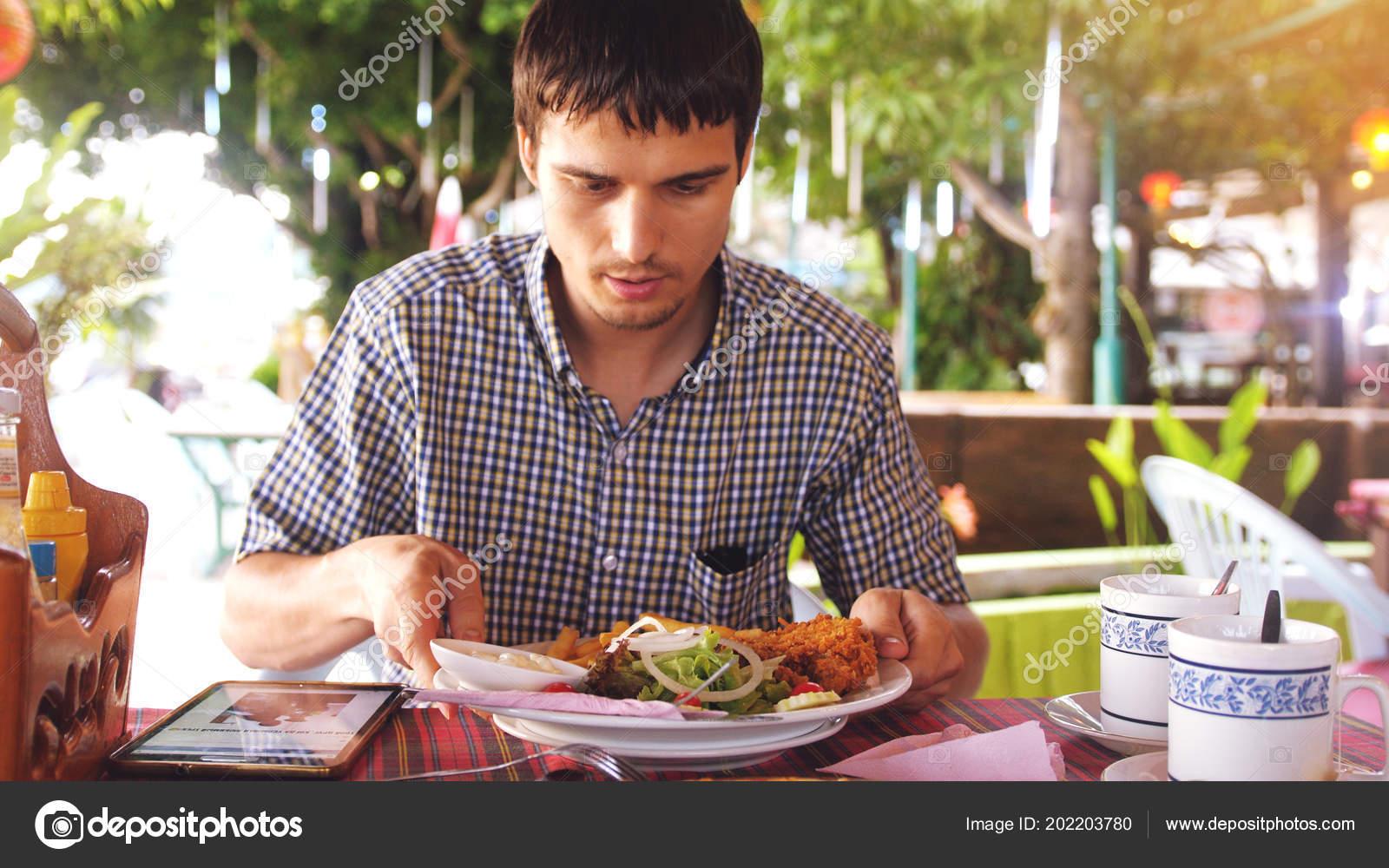 oběd připojení