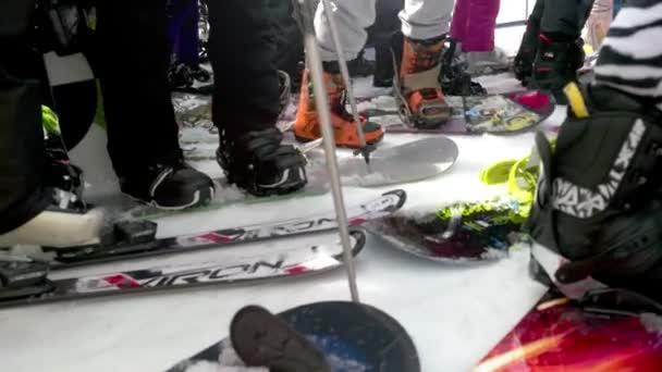 Gedränge am Skilift