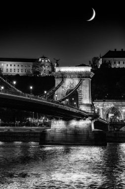 Budapest Chain Bridge by nigh - black and white