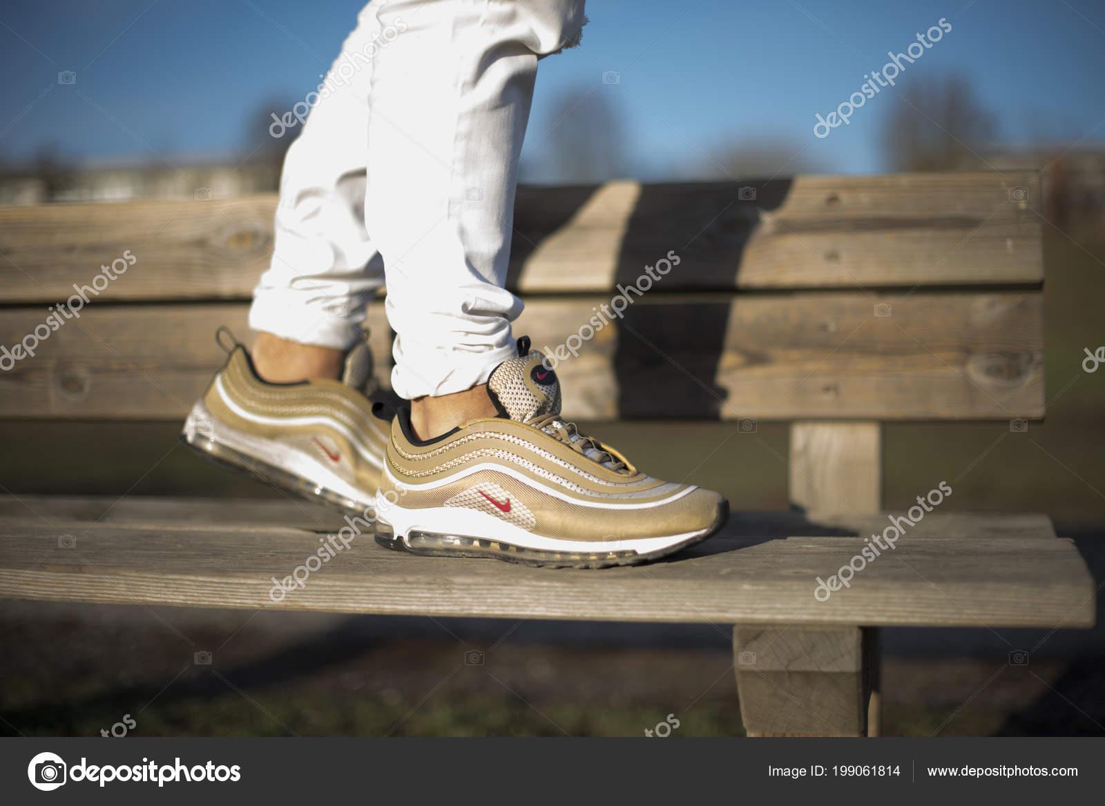 Nike Air Max 97 QS Silver Bullet Grade School Kids' Shoe