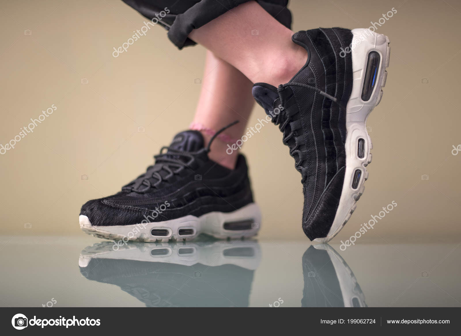 Pavia Italy January 2018 Nike Air Max Indoor – Stock Editorial Photo ... 8c5da768d66b