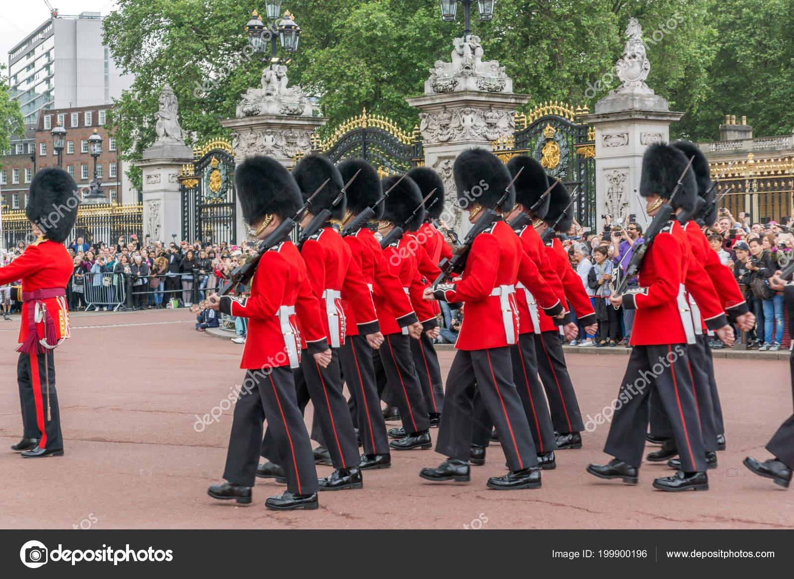 London England June 2016 British Royal Guards Perform