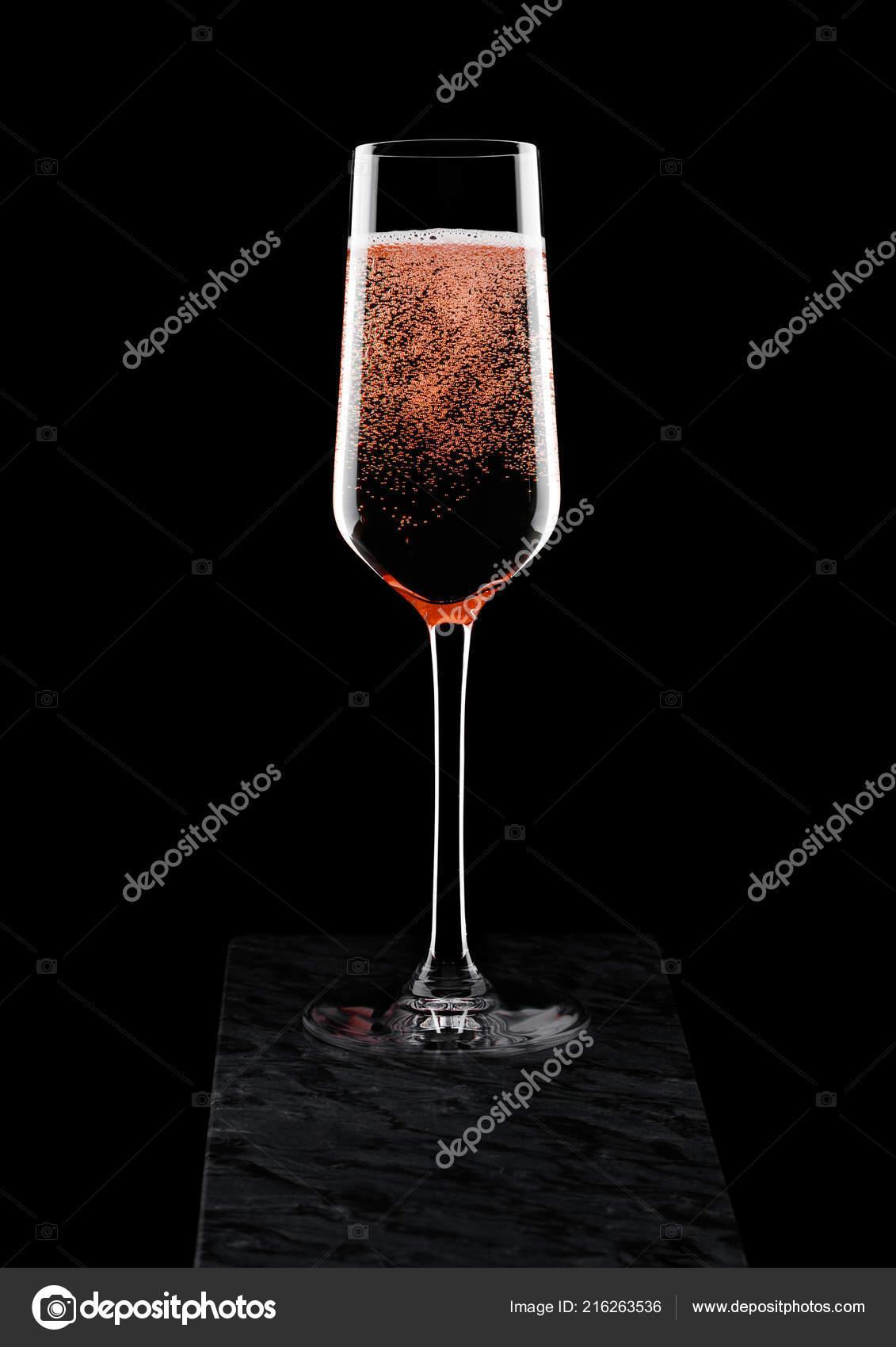 Verre Elegant Rose Champagne Rose Avec Des Bulles Sur