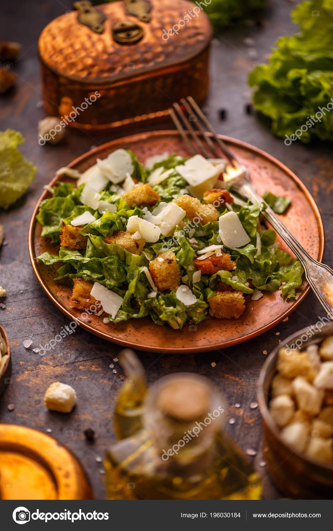 Klasik Yunan Salatası için Reçete