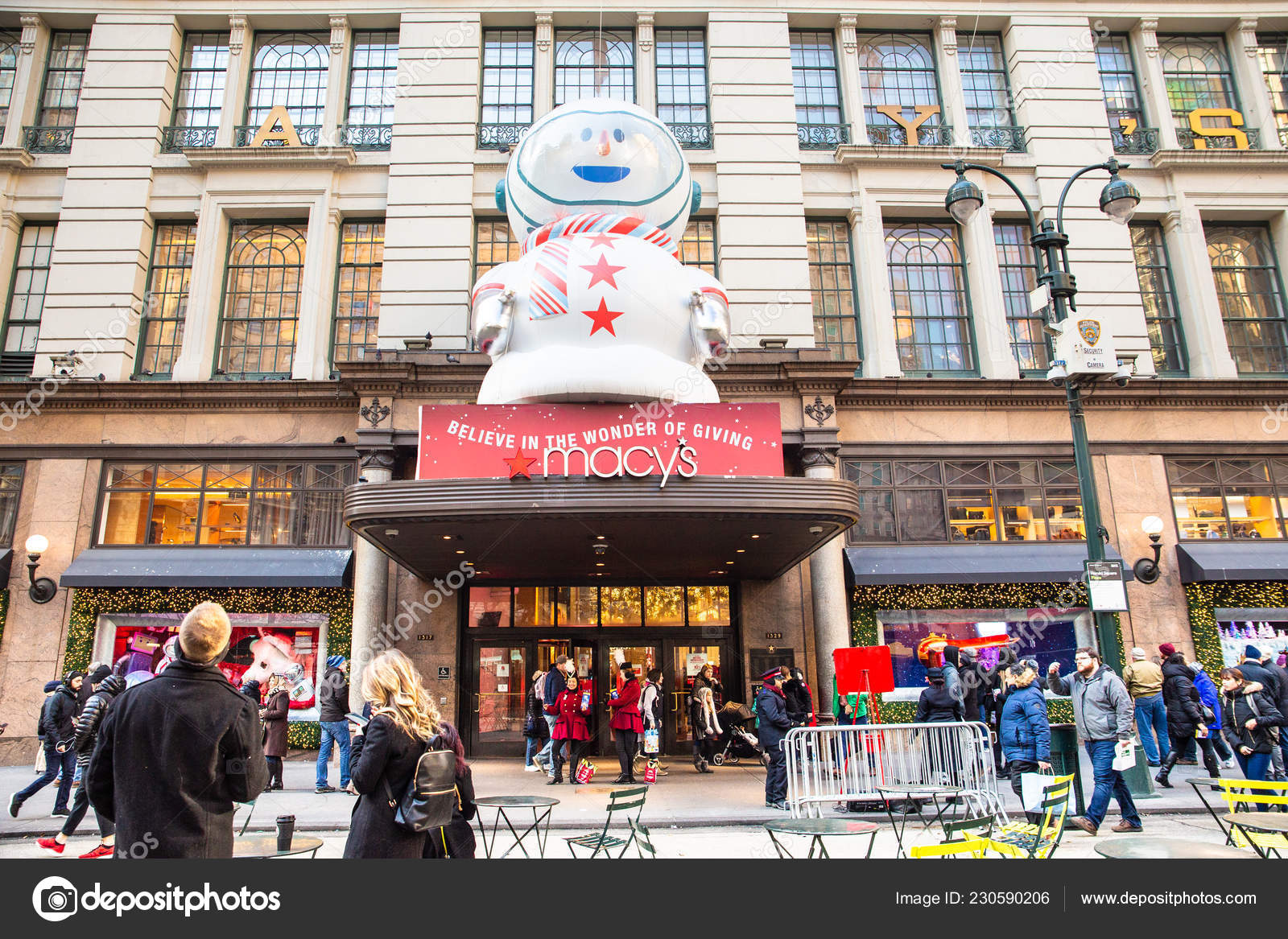 fb60ba68598 Nova York Dezembro 2018 Natal Cena Rua Nova York Loja — Fotografia de Stock
