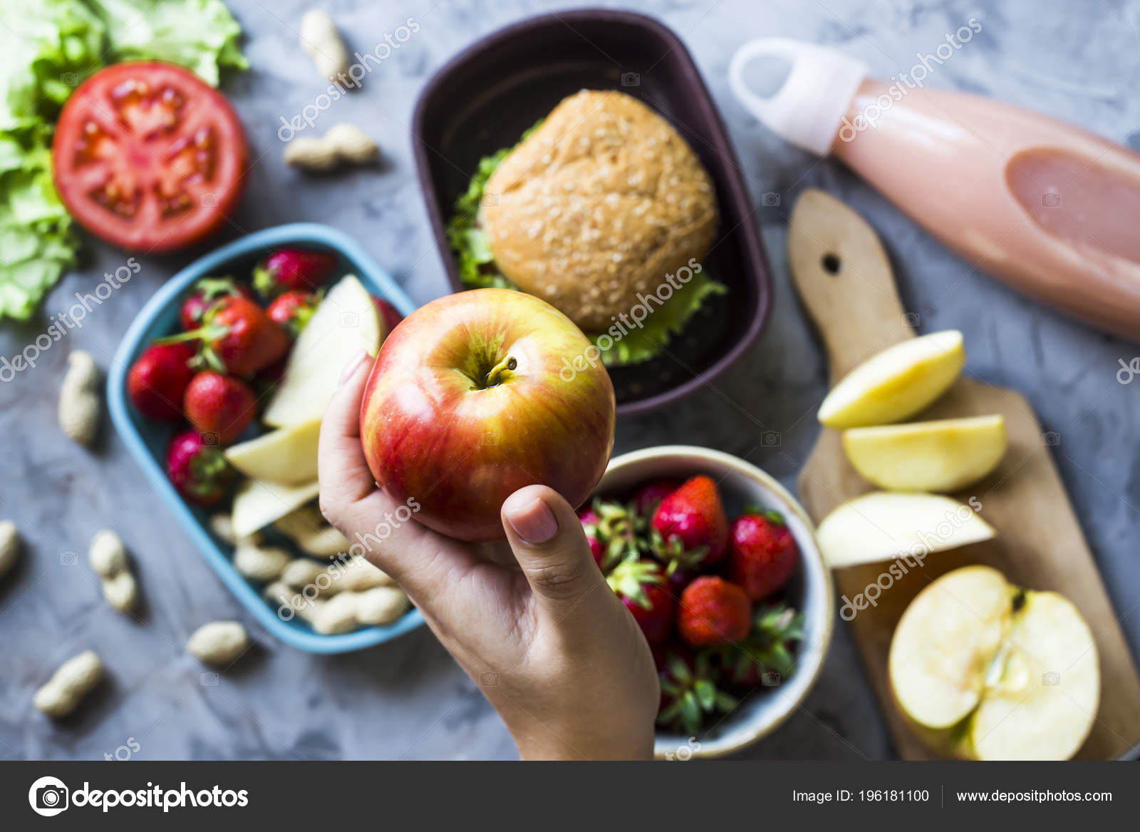 Cocinar Comida Para Niño Escuela Mesa Cocina Gris Sandwich Fresas ...