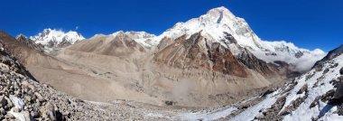"""Картина, постер, плакат, фотообои """"Гора Макалу, горы Эверест и Лхоцзе, Непал Гималаи, Барун долина, панорамой"""", артикул 226634170"""