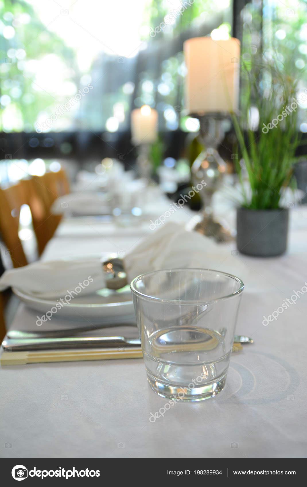 Interieur Restaurant Set Table Avec Une Fourchette Couteau