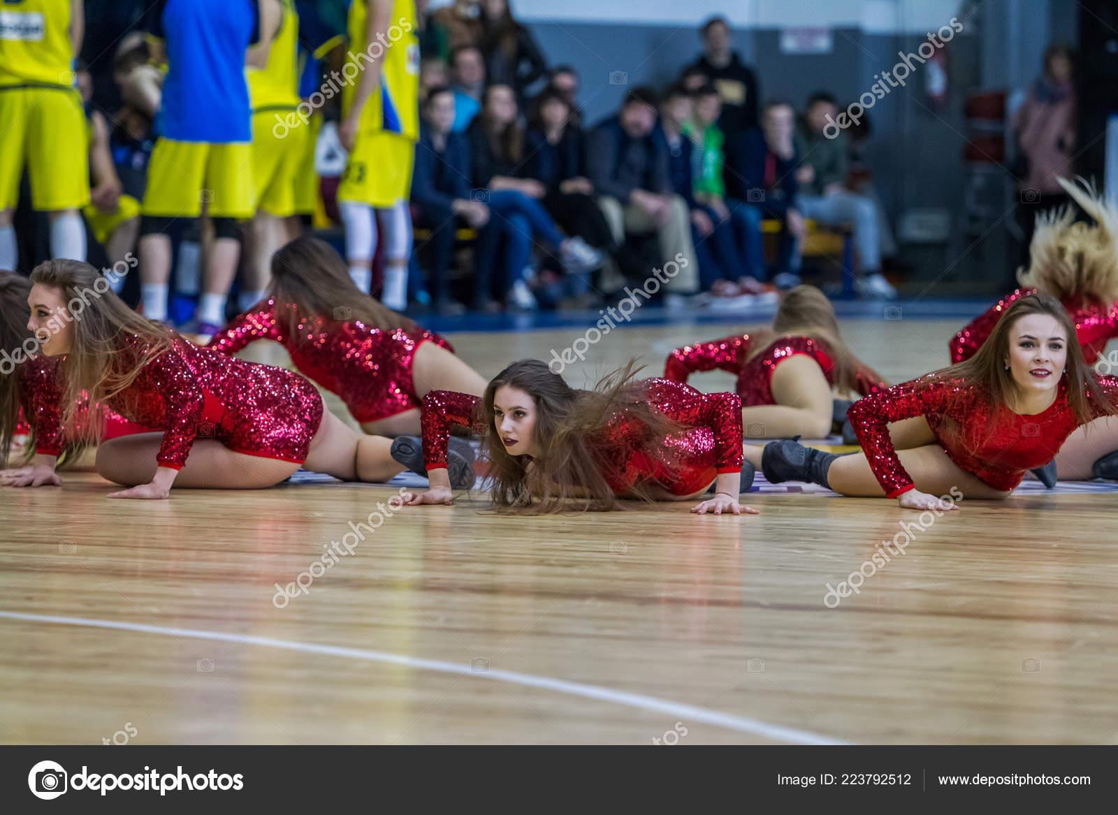 Girls ukraine young Teens Kitten