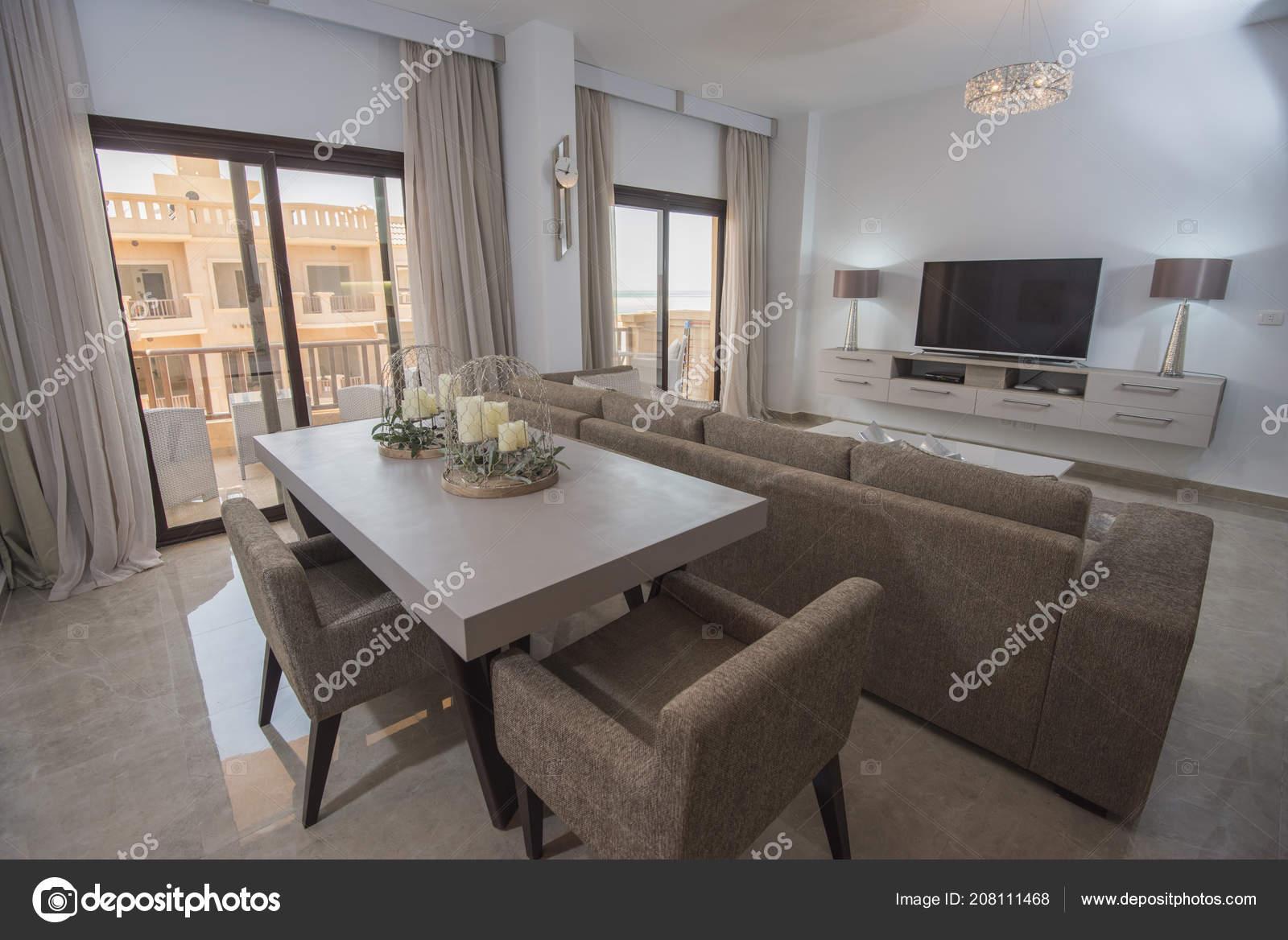 Sal n sal n dise o interiores decoraci n decoraci n lujo for Apartamento de decoracion interior