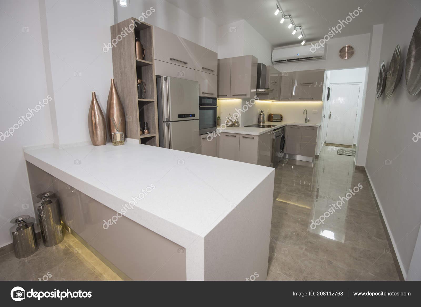 Design Keuken Showroom : Interieur design decor met moderne keuken toestellen luxe