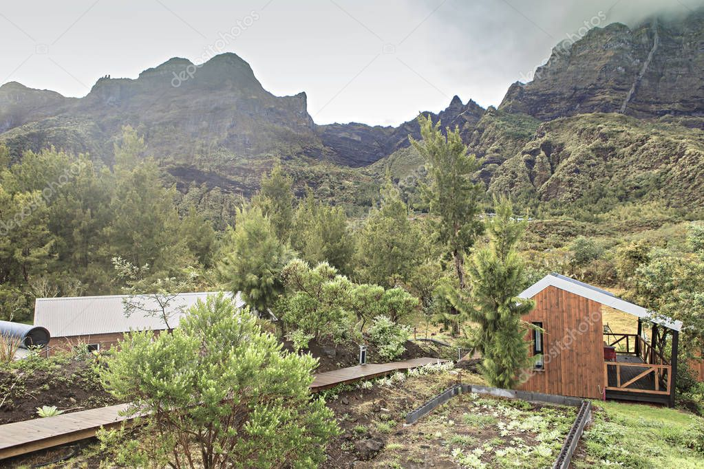 refuge for hikers at reunion island