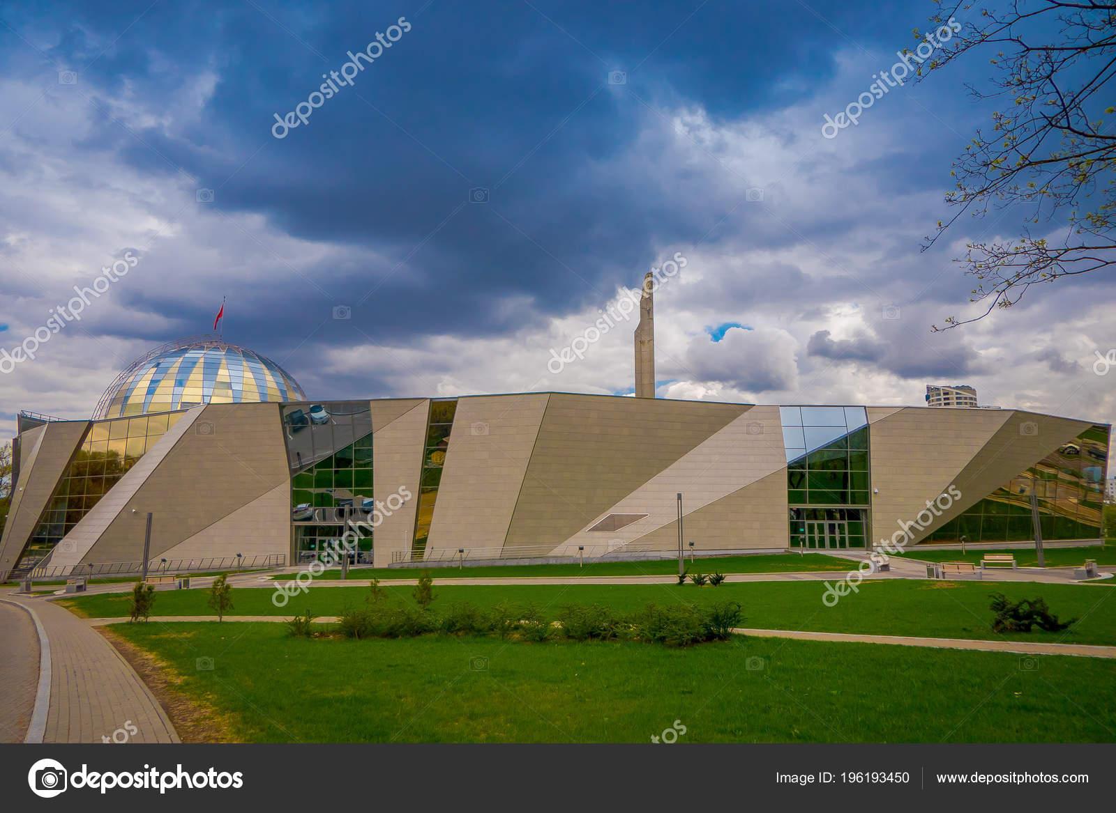Памятник в минске 2018 памятник в москве цена i москва википедия
