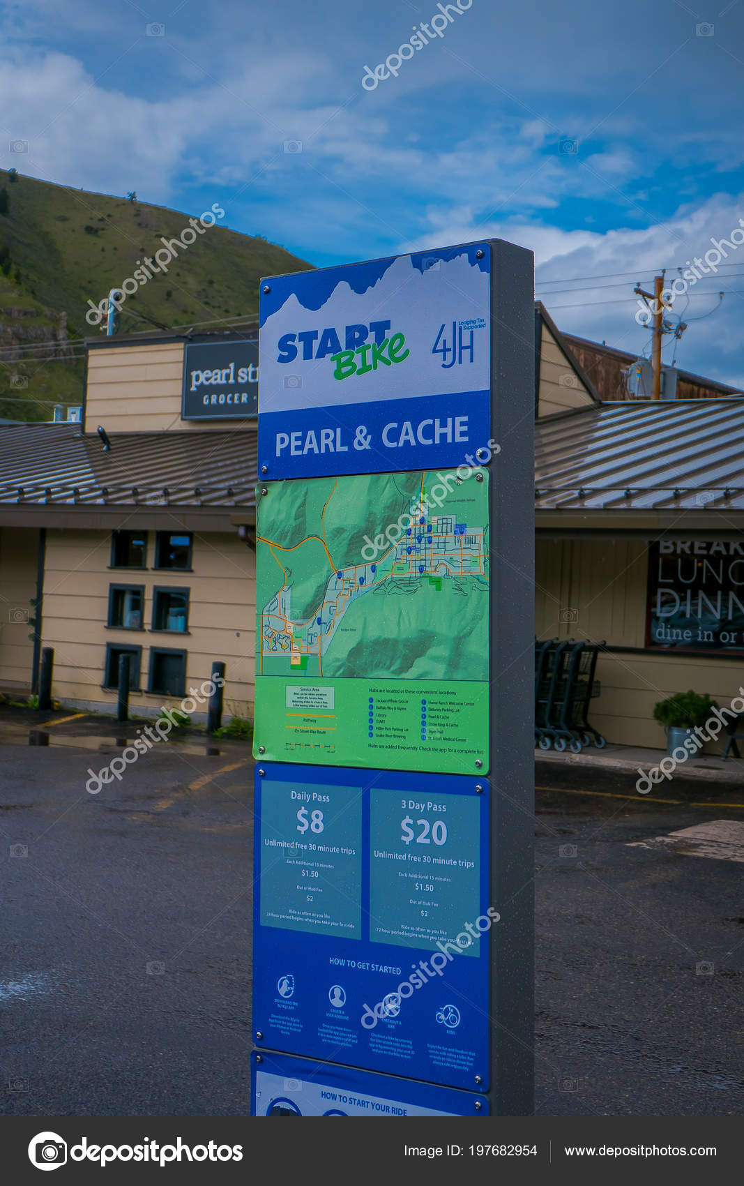 JACKSON HOLE, WYOMING, USA - MAY 23, 2018: Outdoor view of ...