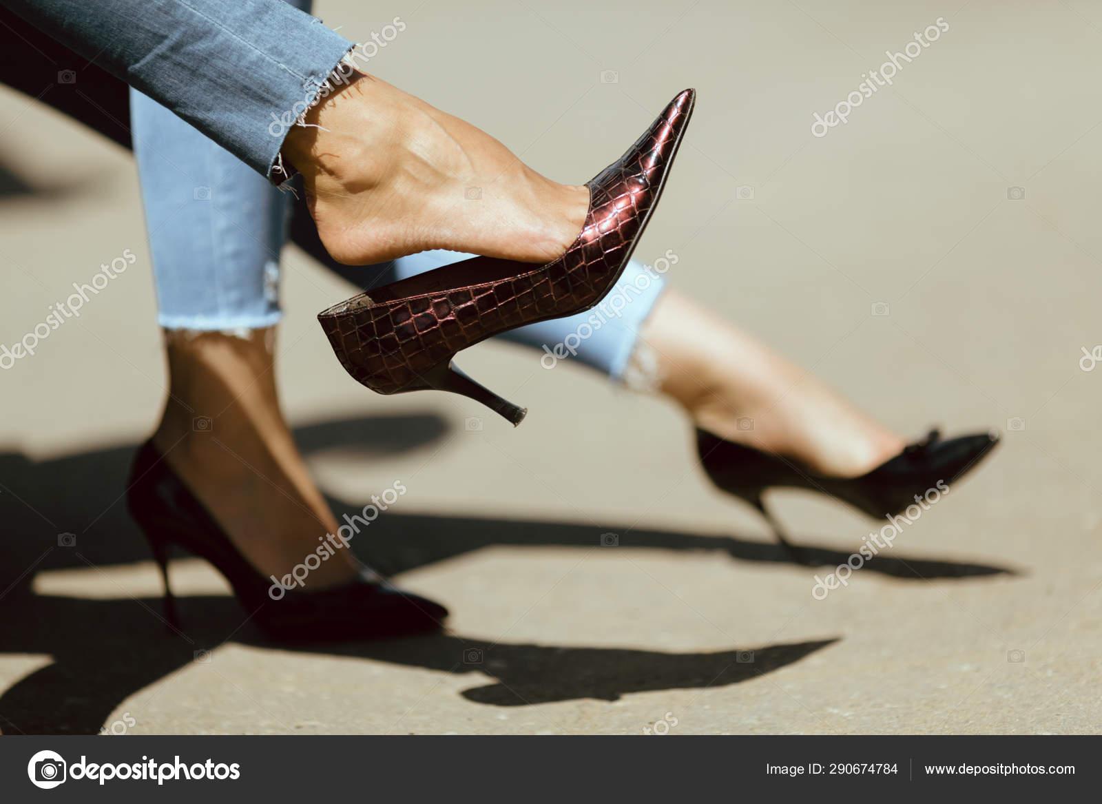 lesbian lick feet heels