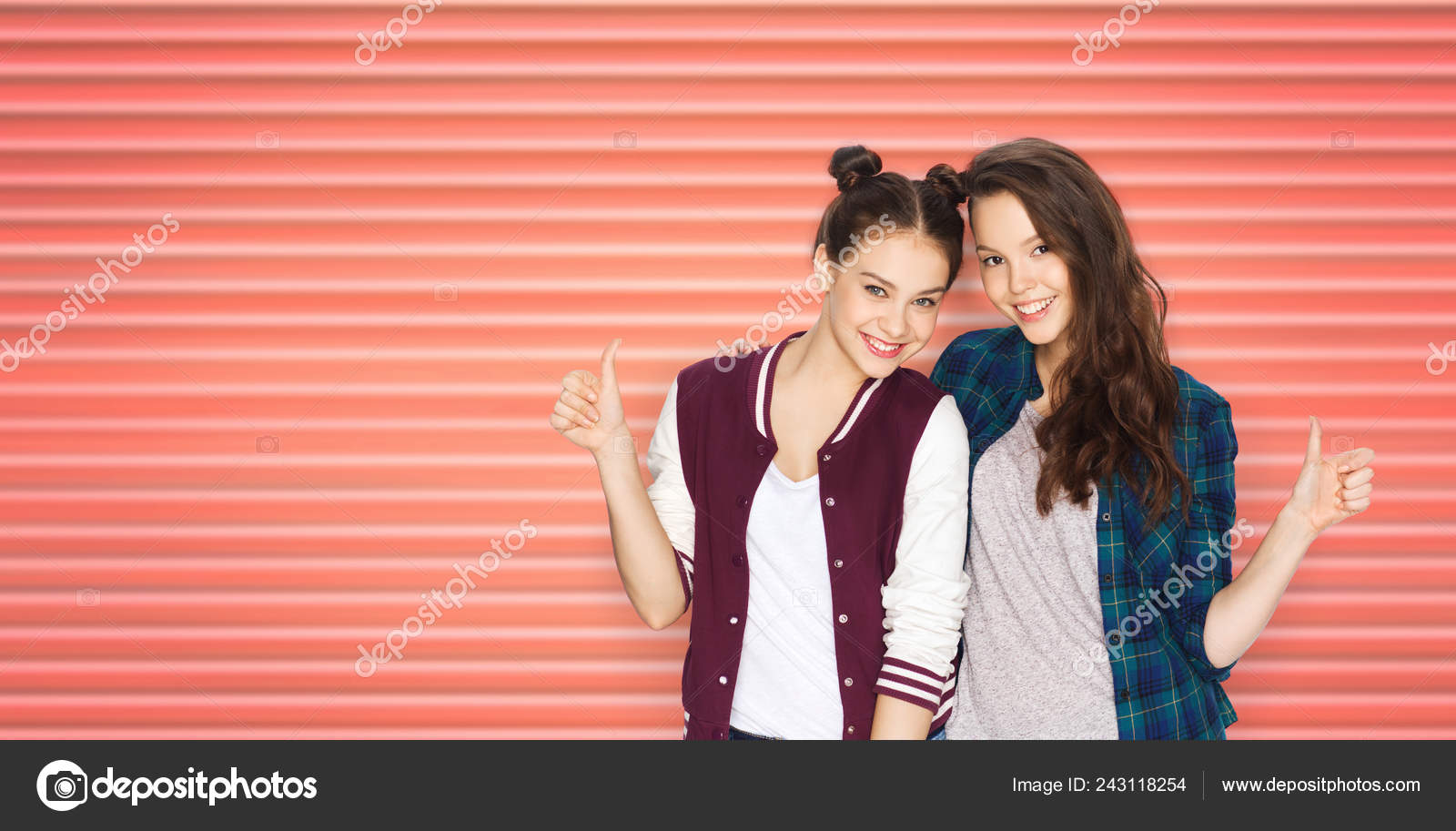 Love teen thumbs