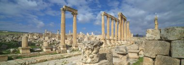 Ancient Jerash, main colonnaded street. Ruins of the Greco-Roman city of Gera at Jordan.