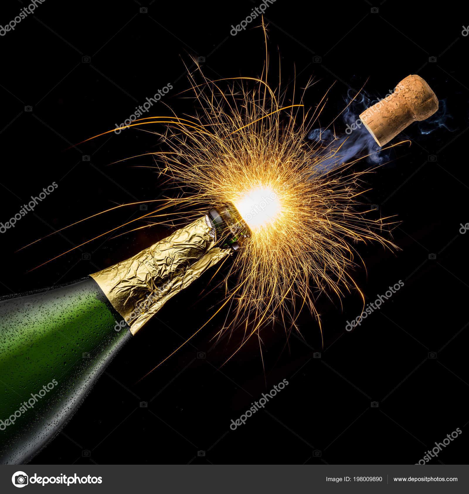 Le RN a gagné, Macron a pris une déculottée, champagne !
