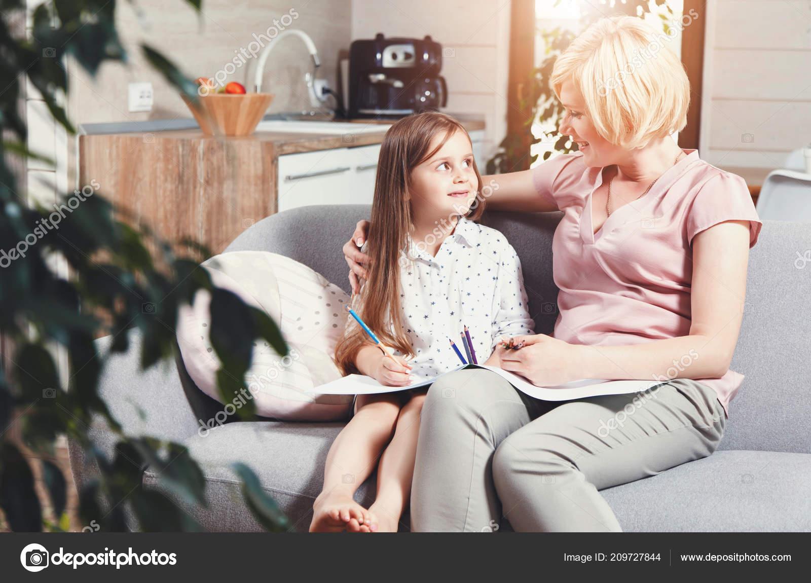 Фото мамы и дочки без лица, Мамы и дочки (19 фото) 21 фотография