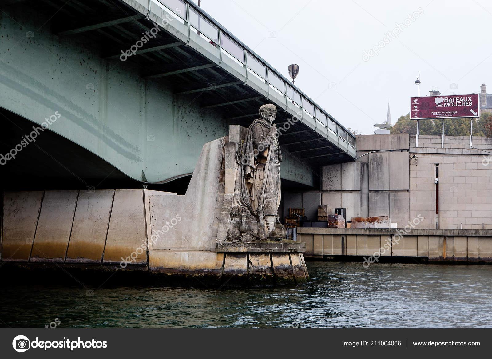 Paris France October 2017 Zouave Statue Pont Alma Serves