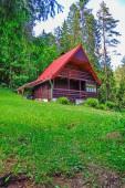 Chalupa v lese Slovenského ráje