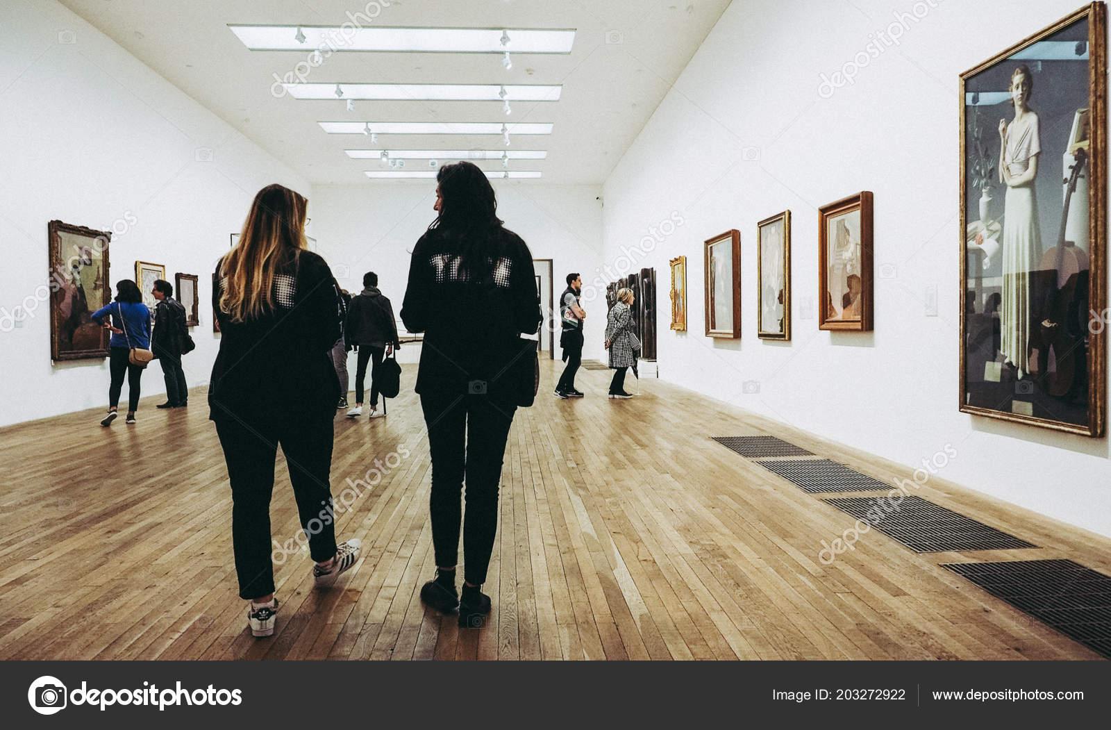 London Circa June 2018 Visitors Tate Modern Art Gallery South