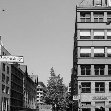 Quartier Schutzenstrasse in Berlin in black and white