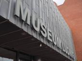 KOELN, NĚMECKO - CIRCA AUGUST 2019: Muzeum Ludwig pro umění 20. a 21. století
