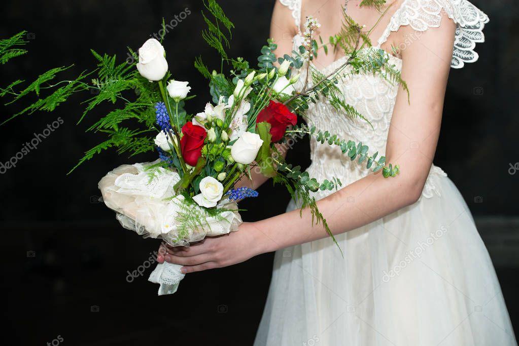 Букет невесты, букет невесты нельзя выпускать из рук