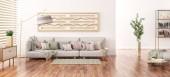 Belső kialakítás a modern nappali szürke kanapéval, könyvespolc