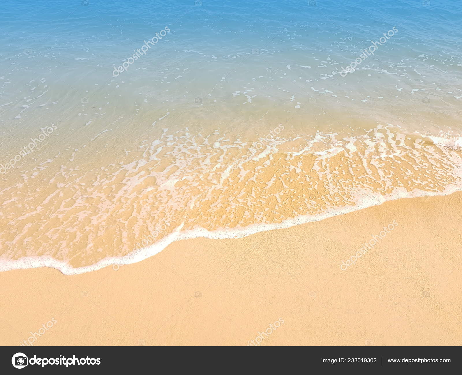 Seascape beach sand, turquoise water