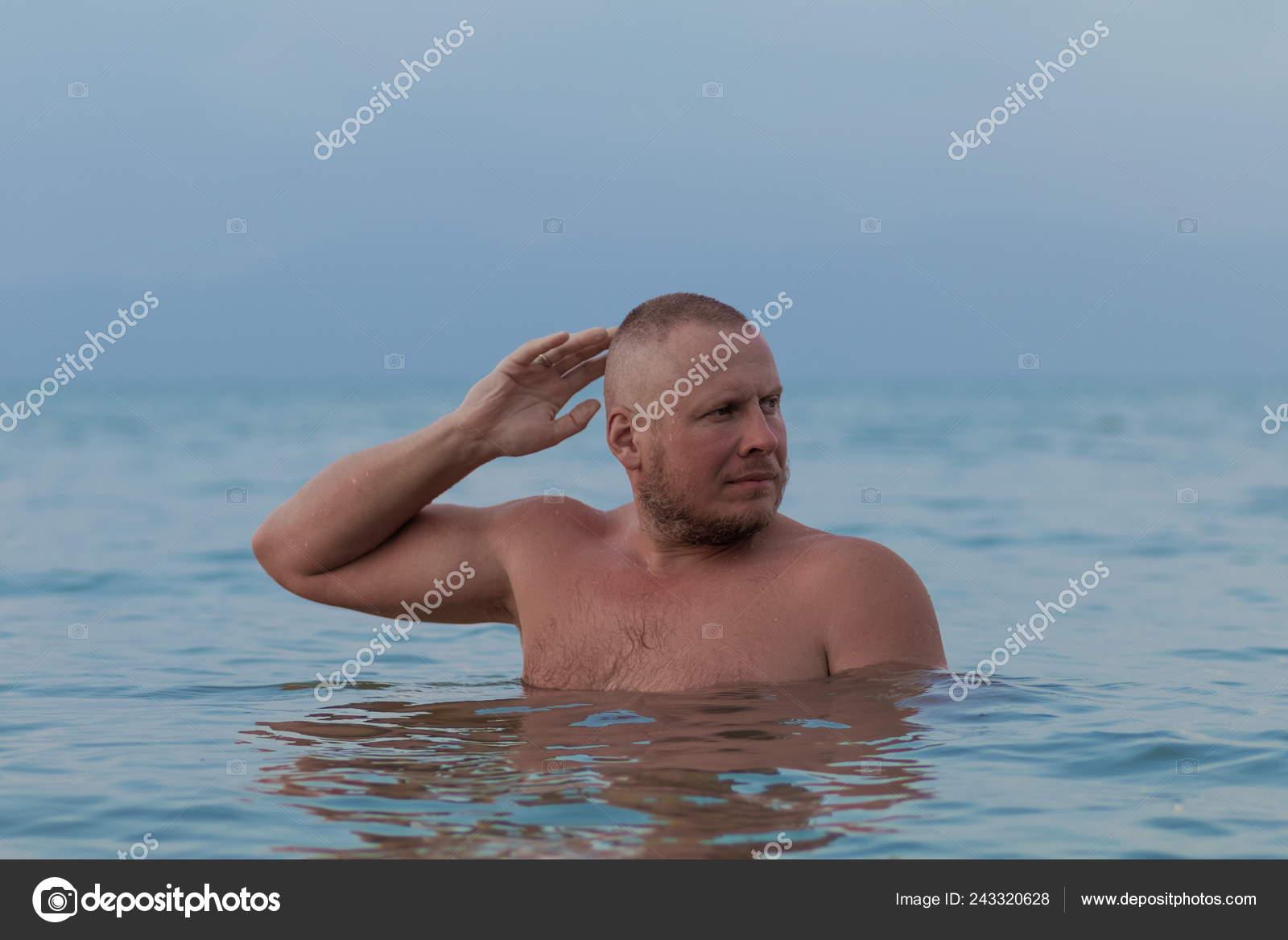Nude am strand