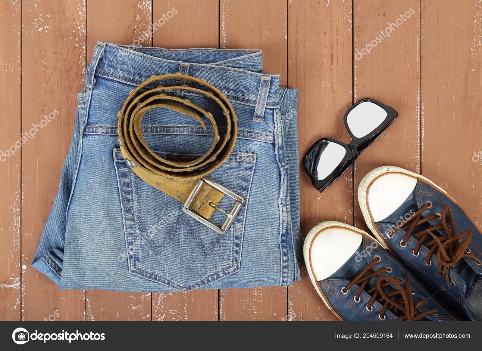 courir chaussures ramassé acheter pas cher Vêtements Chaussures Accessoires Lunettes Soleil Vue Dessus ...