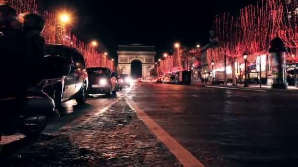 Oblouk De Triomphe a Champs Elysees provoz v noci, Časosběr.