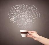 Ženská ruka hospodářství coffee cup