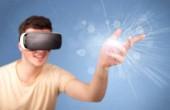 Muž s brýlemi virtuální reality