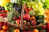 Fotografie elevated view of fresh fruits and vegetables