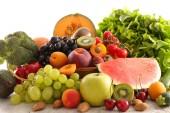 Fényképek gyümölcsök és zöldségek, friss eszik