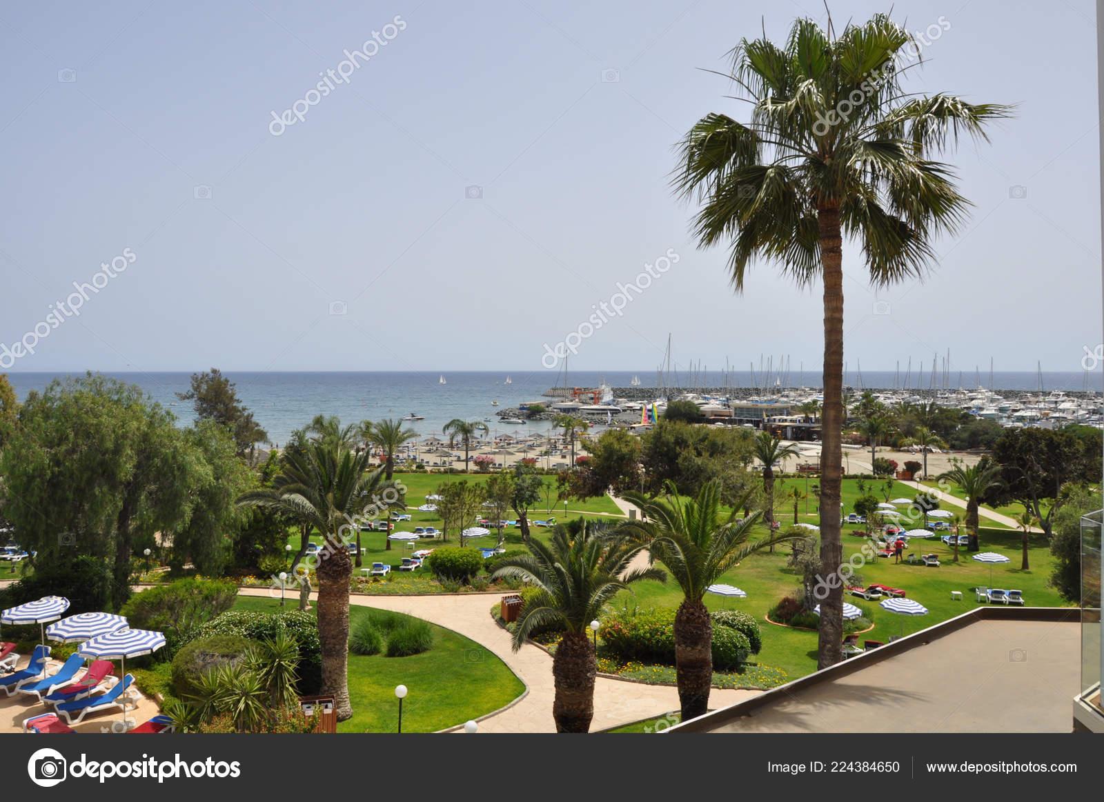 Beautiful Raphael Resort Hotel Building Limassol Cyprus — Stock Photo ©  maristos #224384650