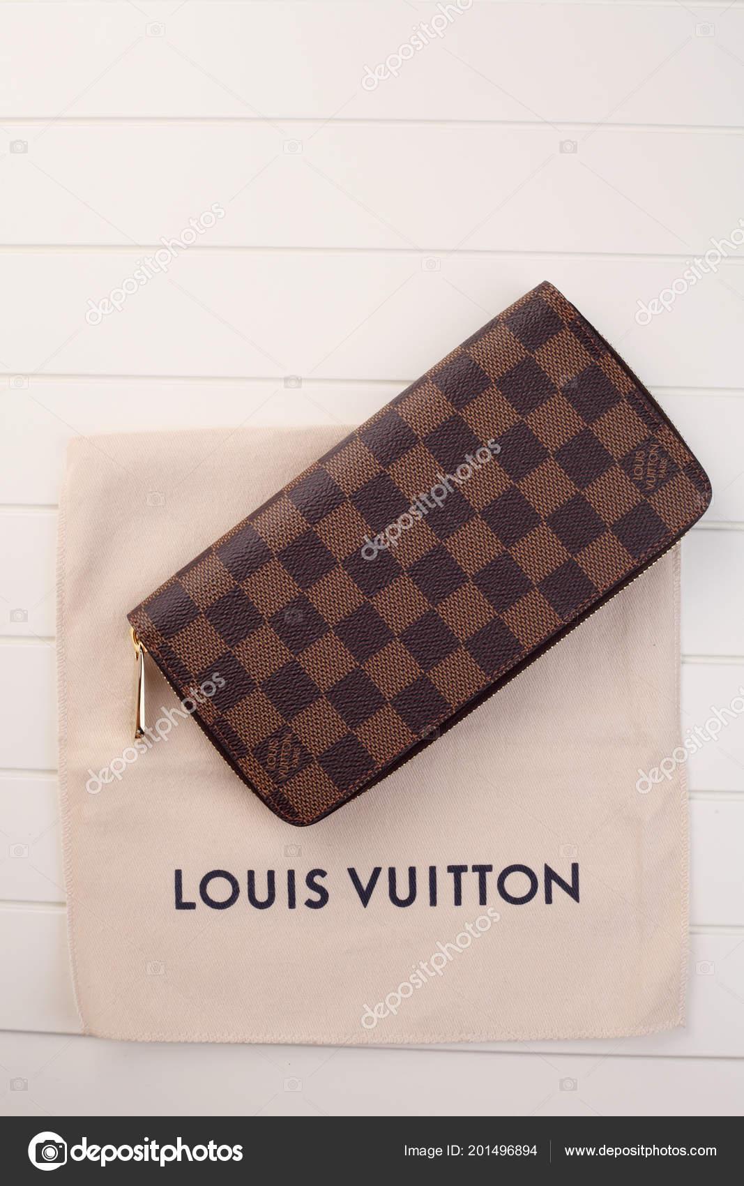 Kuala Lumpur Malesia Dicembre 2016 Portafoglio Louis Vuitton