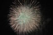 Olaszország, Szicília, Marina di Ragusa (Ragusa tartomány), tűzijátékok éjjel