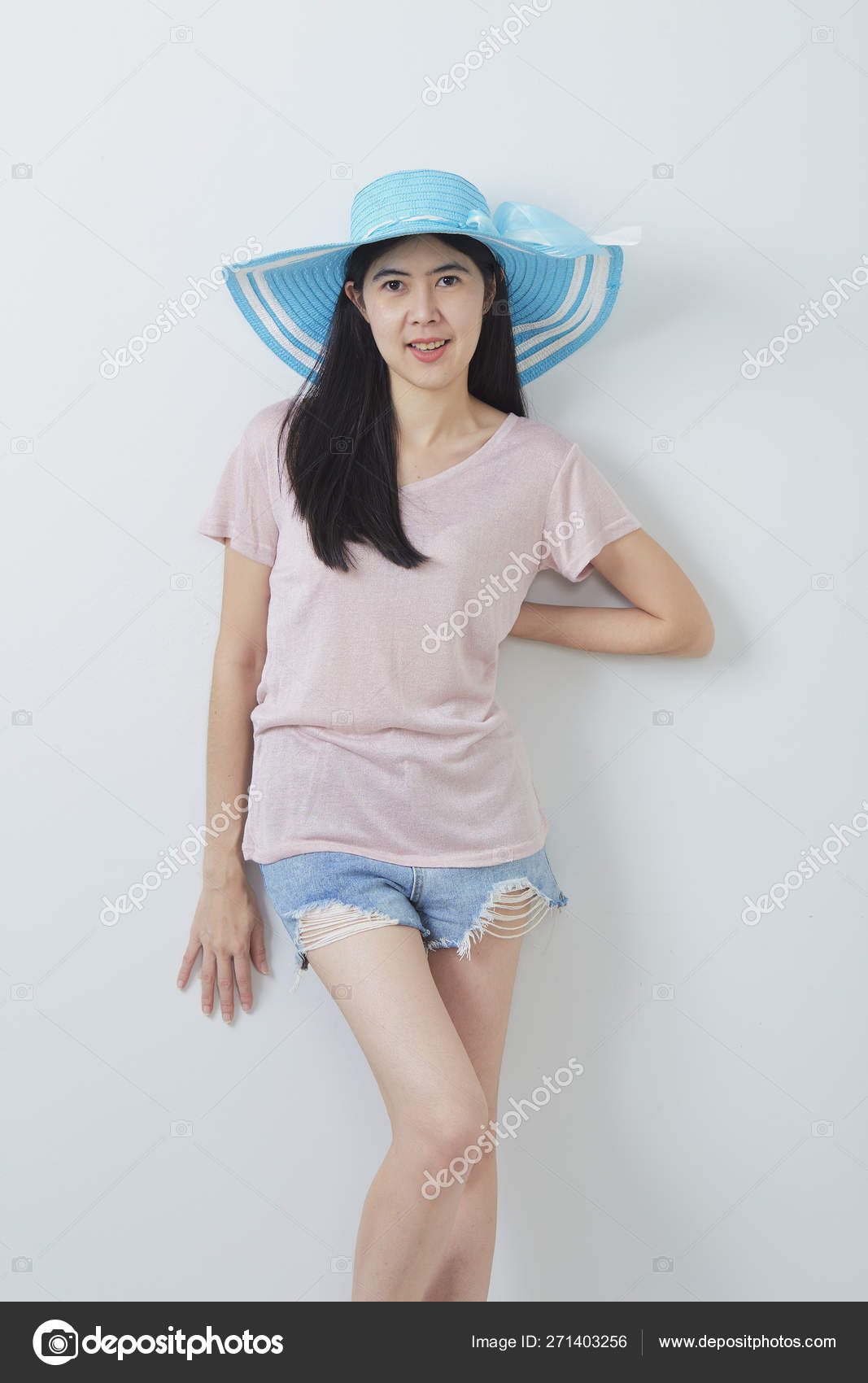 Happy Asian Woman Wearing Summer Fashion Stock Photo C Pongans68 Gmail Com 271403256