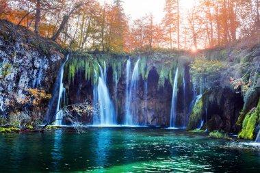 """Картина, постер, плакат, фотообои """"удивительный водопад с чистой голубой водой в плитвицких озерах печать картины"""", артикул 226528252"""